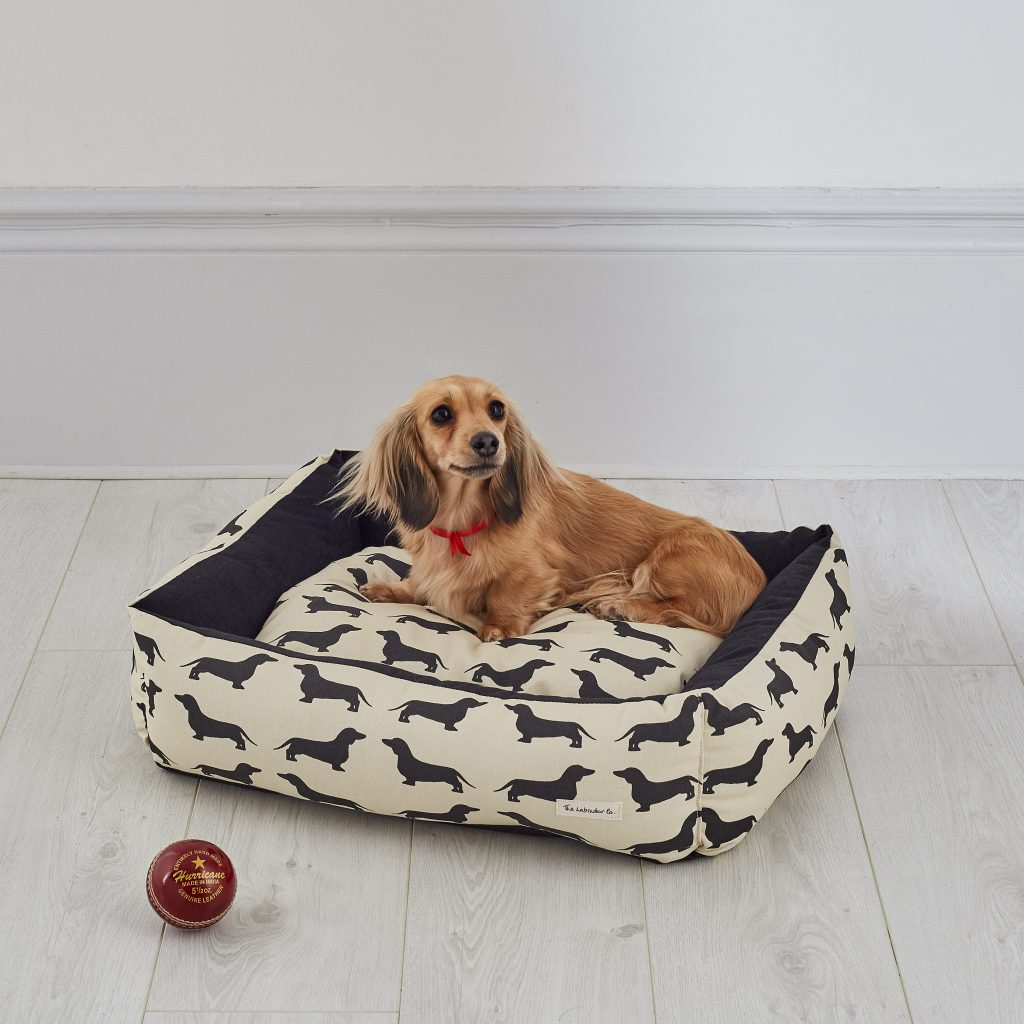 The Labrador Company-Dachshund Dog Bed 1