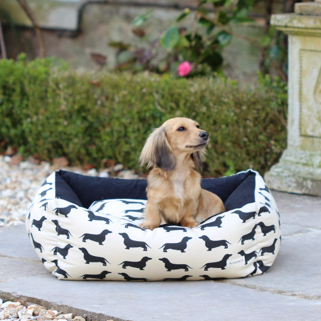 The Labrador Company-Dachshund Dog Bed 37