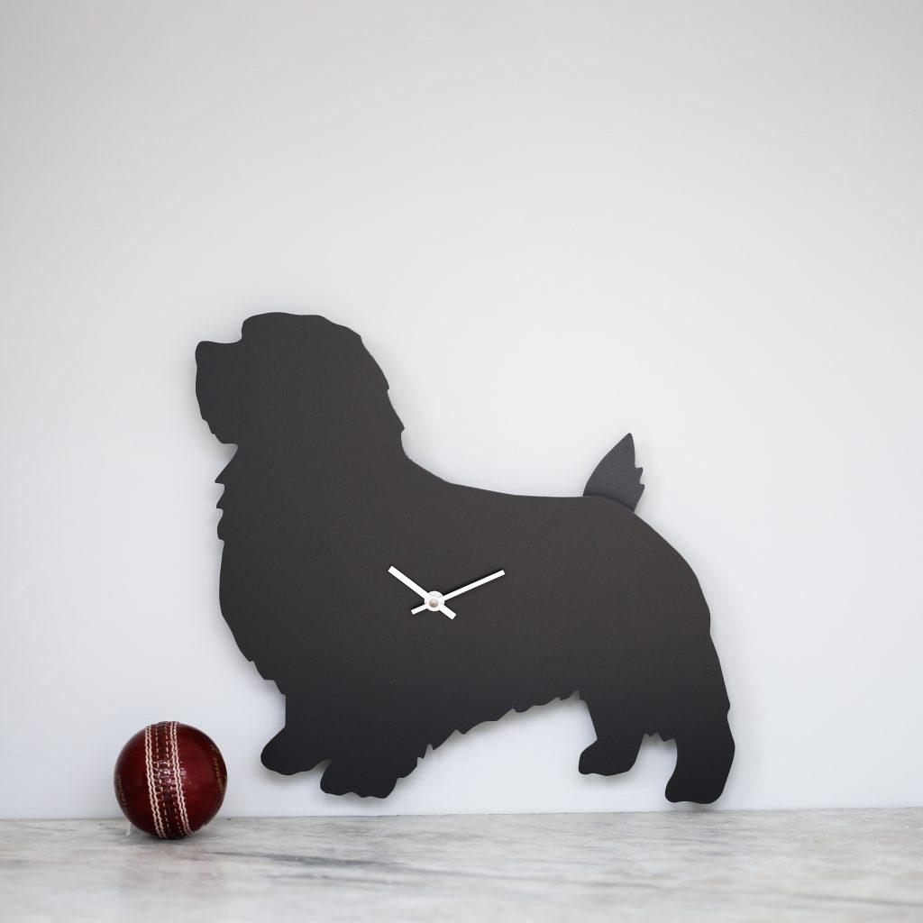 The Labrador Co.-Terrier Clock